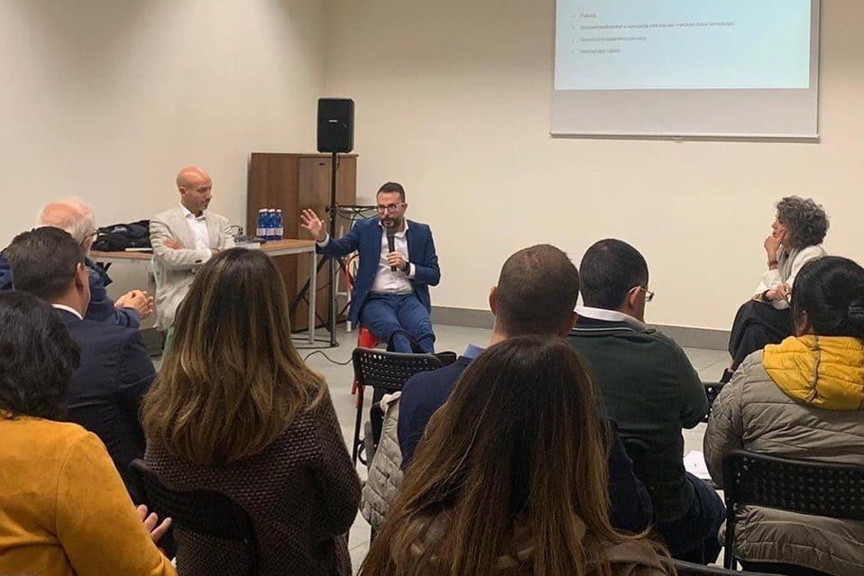 Seminario al Sellalab Biella con Nicola Savino e l'avvocato Lucia Bressan