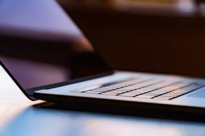 Smart working: cos'è, come funzione, normativa e diritti